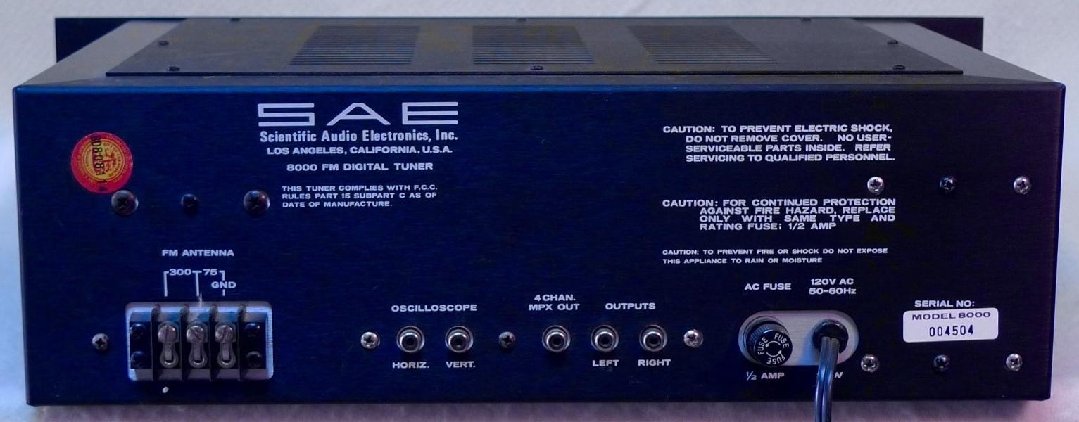 KENWOOD KT-5300 AM//FM tuner front panel LED lights.