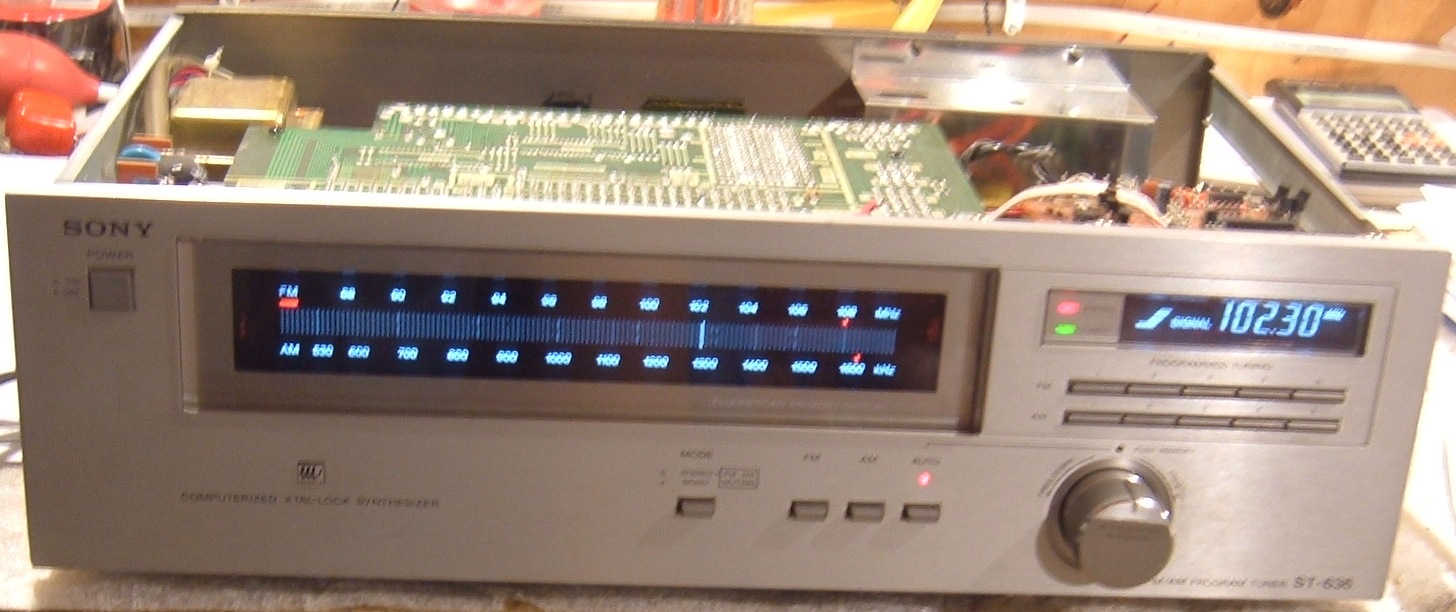 Tuner Information Center Sony Tuners Kit Digital Fm Display Frequensi Counter Untuk The St 636 Is A Very Odd Cool Looking So Called Am Program That Was Supposedly Sold As Part Of Two Piece Set This Probably Accounts For